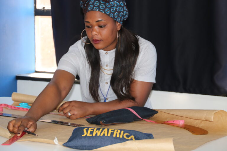 Pattern Female Sewafrica